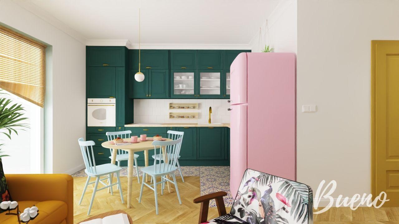 Zielona kuchnia z różową lodówką Smeg